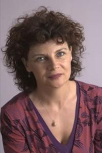 Annette-Dale-Perera1-430x645